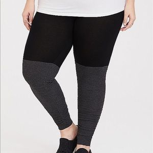 Nwt Torrid size 1 Jersey Ruched Sweater legging